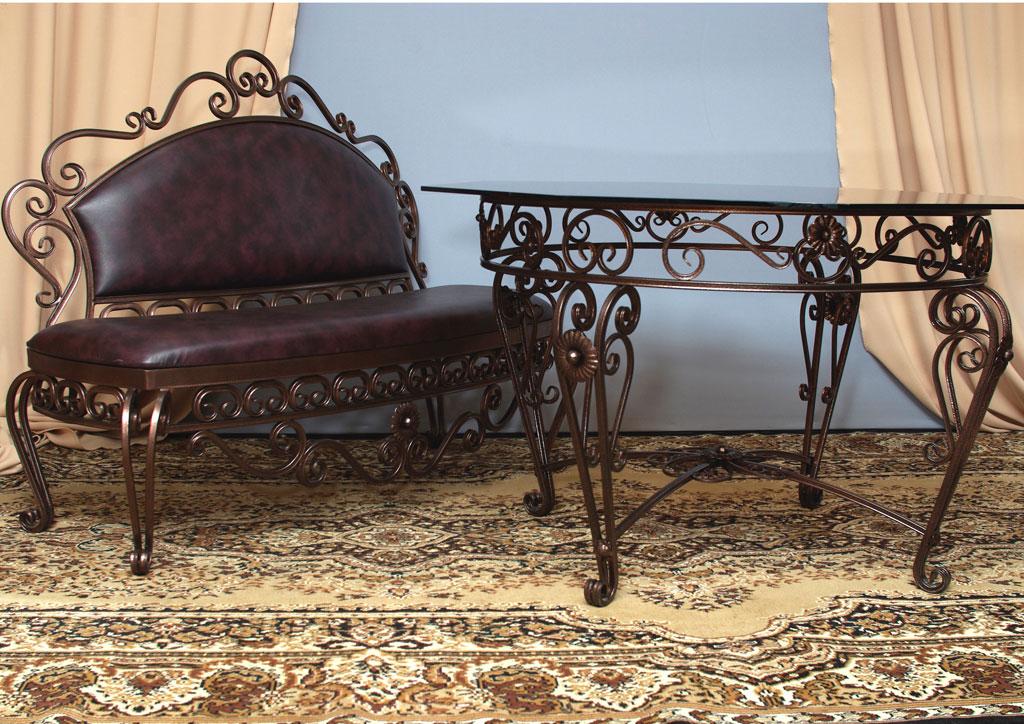 стол и диванчик