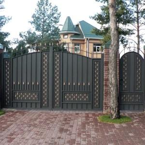 Калитка и ворота для коттеджа