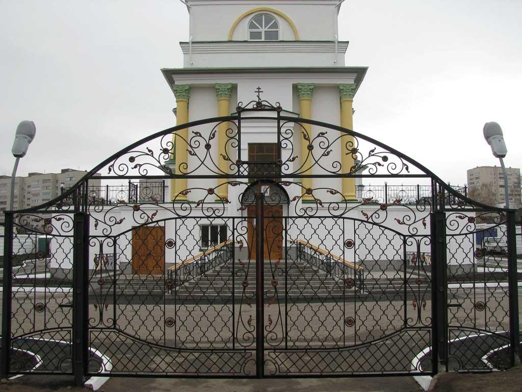 Металлические ворота ВикторияАртМеталл
