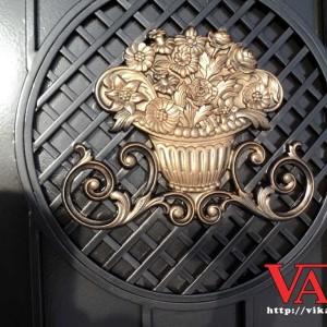 Декор для ворот Ваза