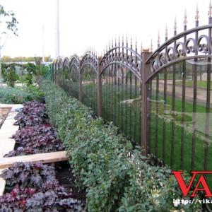 Арочный кованый забор Викамет