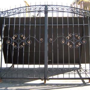 Ворота ОСА с патиной