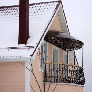 Кованый навес для балкона
