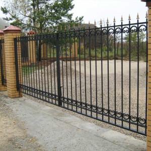 Прозрачный кованый забор и ворота ОСА