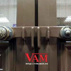 Филенчатые ворота с литьем ВикторияАртМеталл