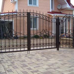 Прозрачные ворота с поликабонатом