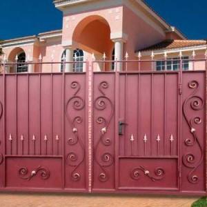 Ворота Классика со встроенной калиткой